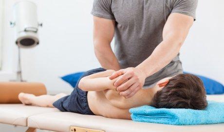 Séance d'ostéopathie pour que la croissance de l'enfant se passe bien Passy