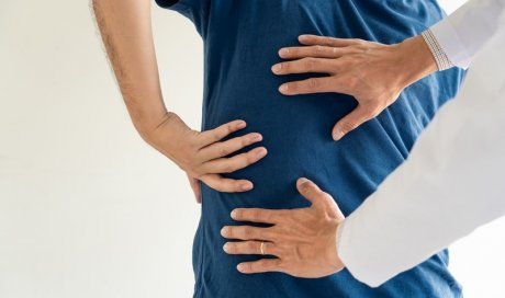 Ostéopathe professionnel pour le traitement d'une sciatique chez l'adulte Passy